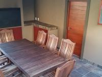 Patio - 52 square meters of property in Ruimsig