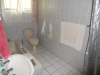 Bathroom 1 - 7 square meters of property in Port Edward