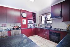 Kitchen - 57 square meters of property in Six Fountains Estate