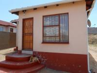 3 Bedroom 2 Bathroom in Olievenhoutbos