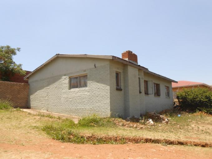 Standard Bank EasySell 3 Bedroom House for Sale in Bosmont - MR118933
