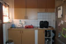 Kitchen - 8 square meters of property in Summer Greens