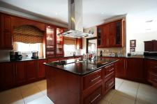 Kitchen - 33 square meters of property in The Wilds Estate