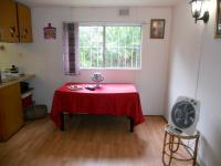 Dining Room - 8 square meters of property in Uvongo