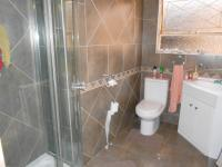 Main Bathroom - 5 square meters of property in Birch Acres