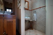 Bathroom 1 - 2 square meters of property in Boardwalk Manor Estate