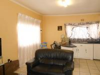 Lounges - 20 square meters of property in Coronationville