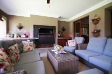 Patio - 96 square meters of property in Woodhill Golf Estate