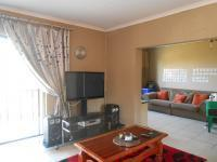 TV Room - 32 square meters of property in Northcliff