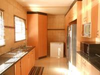 Kitchen - 21 square meters of property in Northcliff