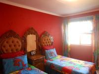 Bed Room 3 - 16 square meters of property in Northcliff