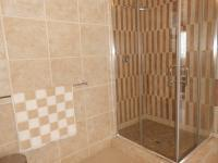 Bathroom 3+ - 29 square meters of property in Northcliff
