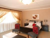 Main Bedroom - 45 square meters of property in Northcliff