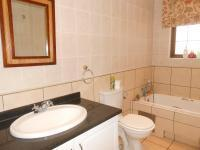 Main Bathroom - 7 square meters of property in Northwold