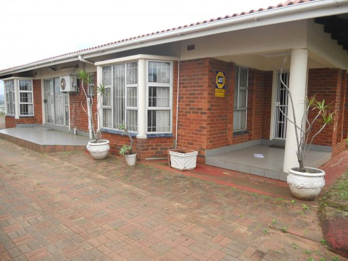 4 Bedroom House for Sale For Sale in Umhlanga  - Home Sell - MR119149