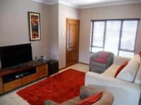 Lounges - 14 square meters of property in Pennington