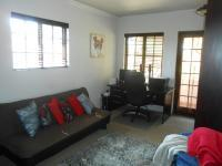 Bed Room 3 - 16 square meters of property in Highveld