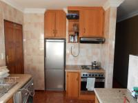 Kitchen - 8 square meters of property in Crystal Park
