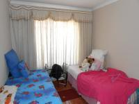 Bed Room 1 - 10 square meters of property in Crystal Park