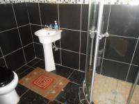 Bathroom 2 - 6 square meters of property in Wilropark