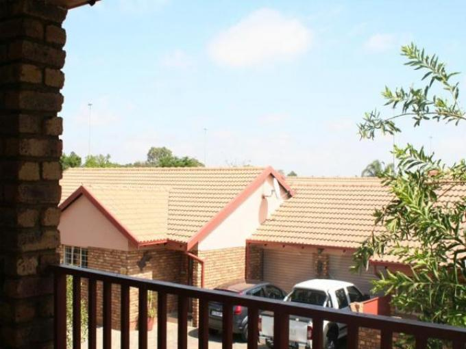 Standard Bank EasySell 3 Bedroom Apartment for Sale For Sale in Pierre van Ryneveld - MR119270