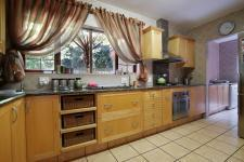 Kitchen - 12 square meters of property in Silver Lakes Golf Estate