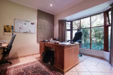 Study - 15 square meters of property in Silver Lakes Golf Estate