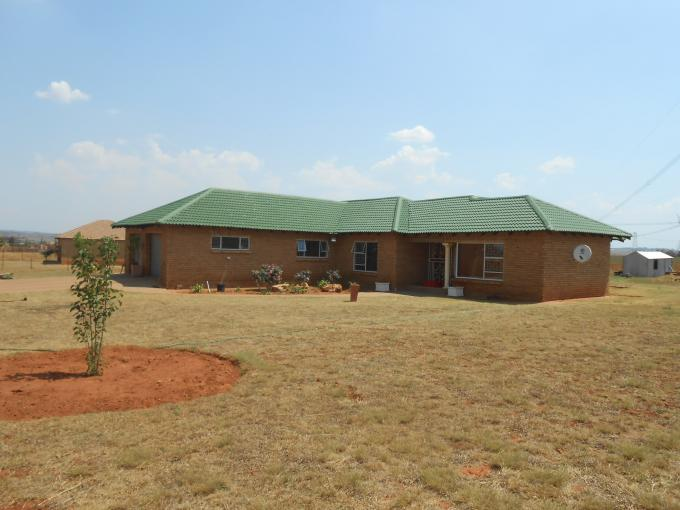 4 Bedroom House For Sale in Grootfontein - Private Sale - MR119353