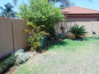 Garden of property in Heatherview