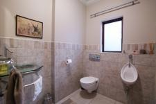 Bathroom 3+ - 9 square meters of property in Boardwalk Manor Estate