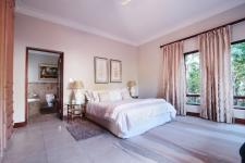 Bed Room 2 - 30 square meters of property in Boardwalk Manor Estate