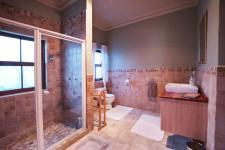 Bathroom 2 - 12 square meters of property in Boardwalk Manor Estate