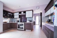 Kitchen - 30 square meters of property in Silverwoods Country Estate