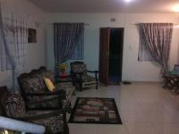 Lounges - 20 square meters of property in Port Edward