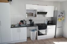 Kitchen - 9 square meters of property in Zonnebloem