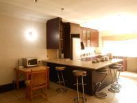 Kitchen - 17 square meters of property in Brixton