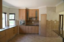 Kitchen - 29 square meters of property in Silver Lakes Golf Estate