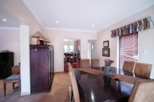 Dining Room - 17 square meters of property in Silver Lakes Golf Estate