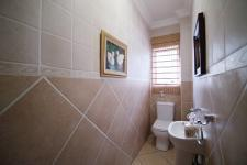 Bathroom 2 - 8 square meters of property in Six Fountains Estate