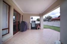 Patio - 18 square meters of property in Six Fountains Estate