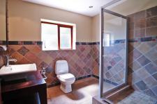 Bathroom 1 - 7 square meters of property in Woodhill Golf Estate