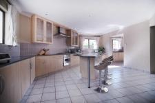 Kitchen - 21 square meters of property in Silver Lakes Golf Estate