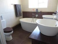 Main Bathroom of property in Summerstrand