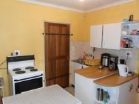 Kitchen - 8 square meters of property in Brakpan