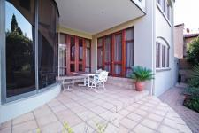 Patio - 297 square meters of property in Woodhill Golf Estate
