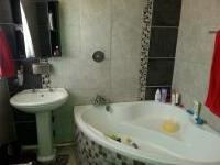 Main Bathroom of property in Mokopane (Potgietersrust)