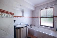 Bathroom 1 - 11 square meters of property in Boardwalk Manor Estate