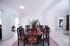 Dining Room - 23 square meters of property in The Meadows Estate
