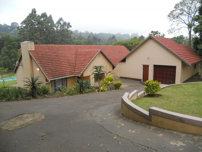 3 Bedroom House for Sale For Sale in Kloof  - Private Sale - MR119721