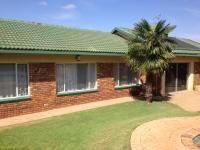 3 Bedroom 2 Bathroom in Middelburg - MP